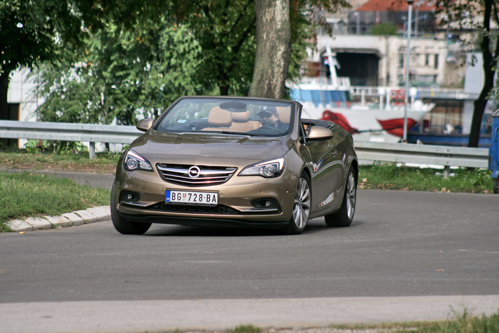 test opel cascada 2 0 cdti auto magazin. Black Bedroom Furniture Sets. Home Design Ideas