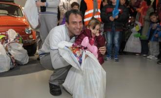 Fiat dodelio paketiće deci iz hraniteljskih porodica