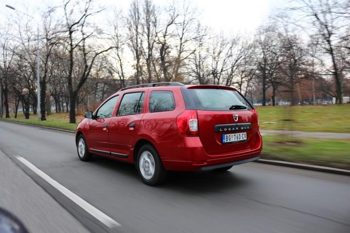 Karavanska verzija razvijena je za tržište Zapadne Evrope