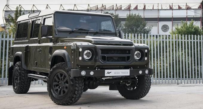 Land Rover Defender Kahn Design & CTC