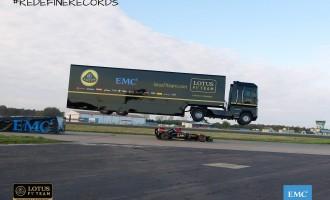 Šleper preskočio Lotusov F1 bolid