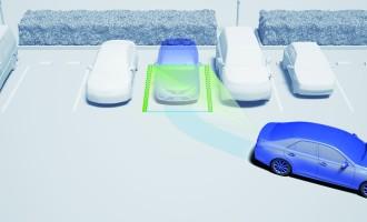 Toyota predstavlja unapređene sisteme za pomoć pri parkiranju