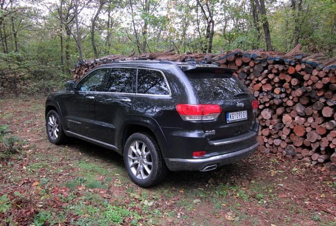 Auto magazin jeep grand cherokee summit test