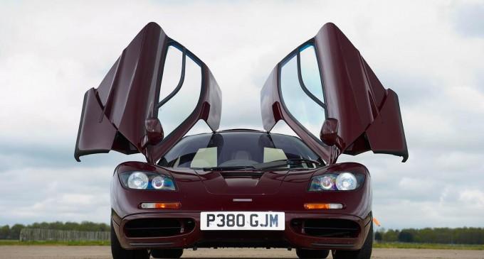 Mr. Bean prodaje svoj dva puta slupan McLaren F1 za…