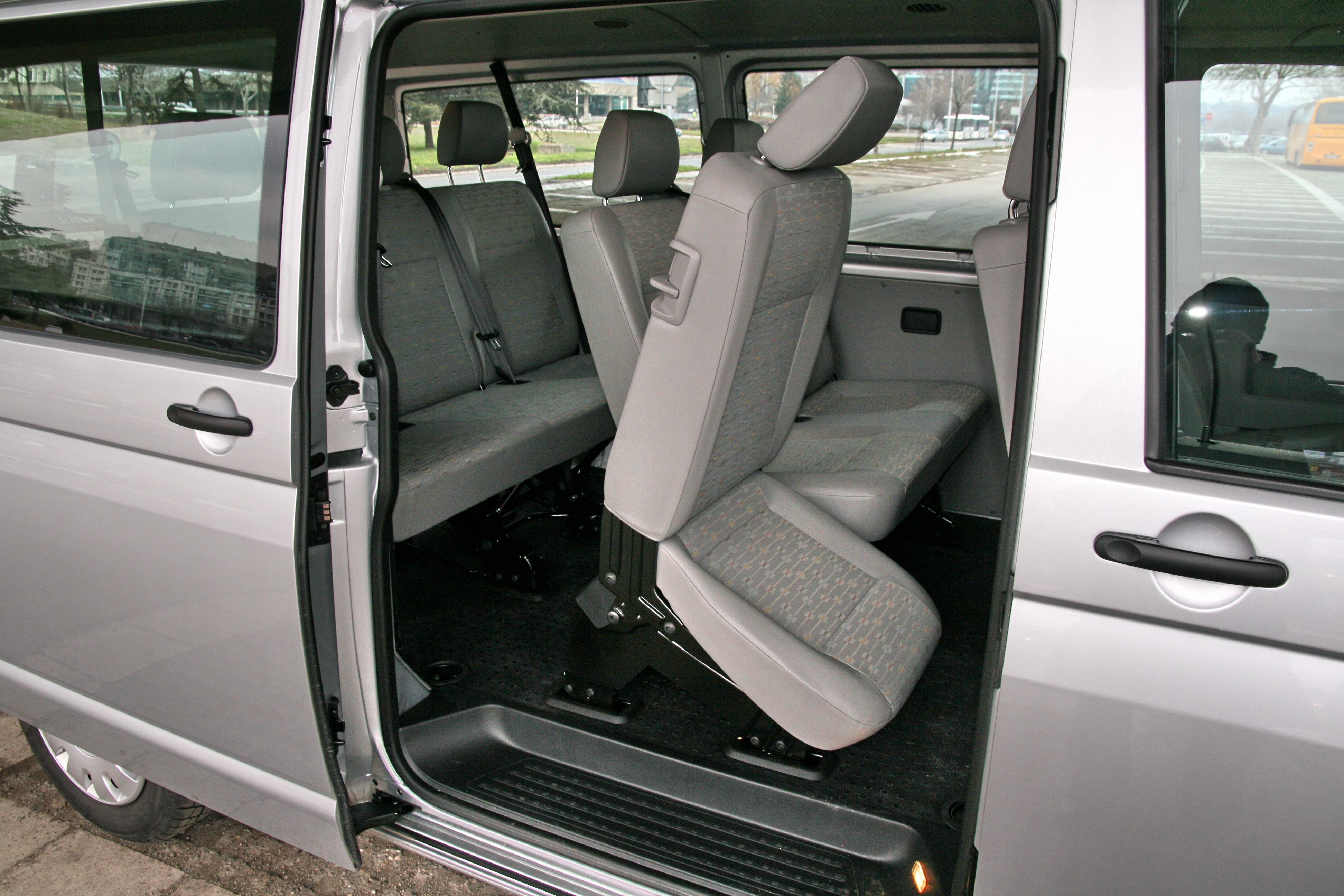 vozili smo volkswagen transporter t5 gp kombi lr 2 0 tdi auto magazin. Black Bedroom Furniture Sets. Home Design Ideas
