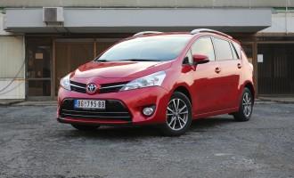 Test: Toyota Verso 1,6 D-4D Stella