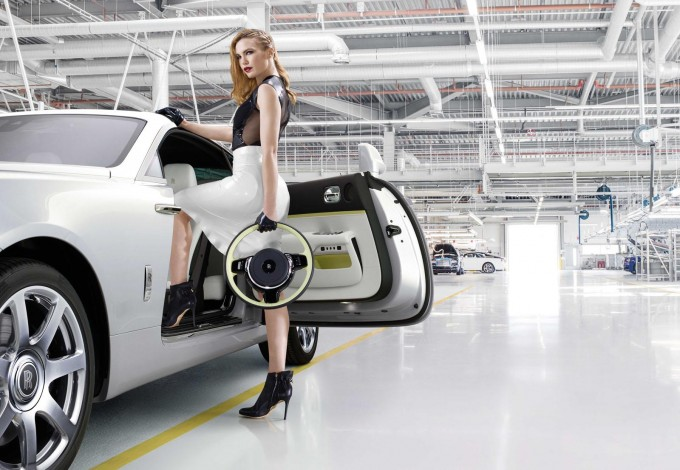 auto magazin Rolls-Royce Wraith Inspired by Fashion