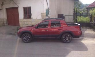 Dacia Duster Double Cab pickup snimljena u Rumuniji