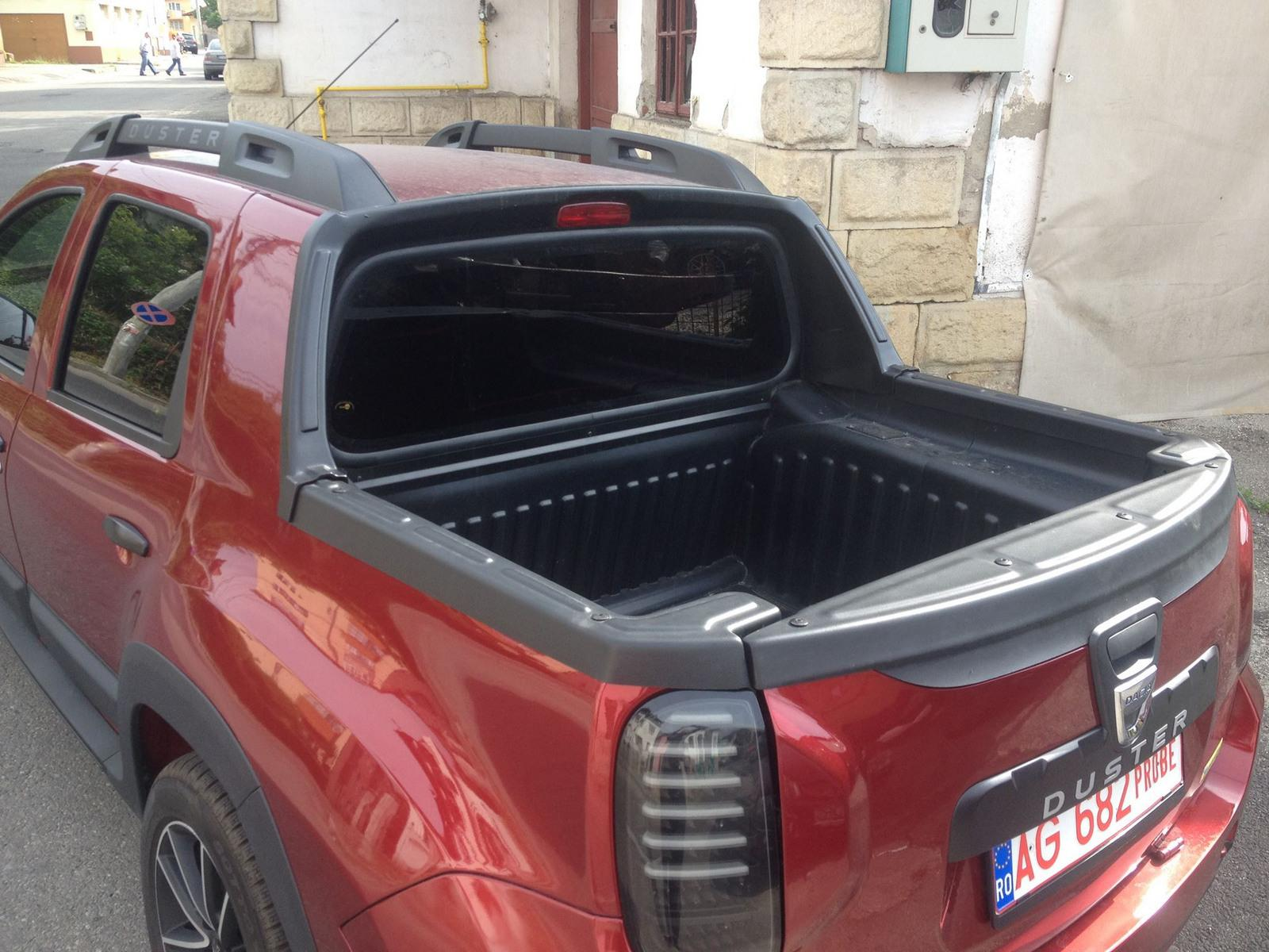 dacia duster double cab pickup snimljena u rumuniji auto magazin. Black Bedroom Furniture Sets. Home Design Ideas
