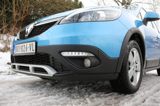 auto magazin magazinauto.com renault scenic xmod 1,5 dci