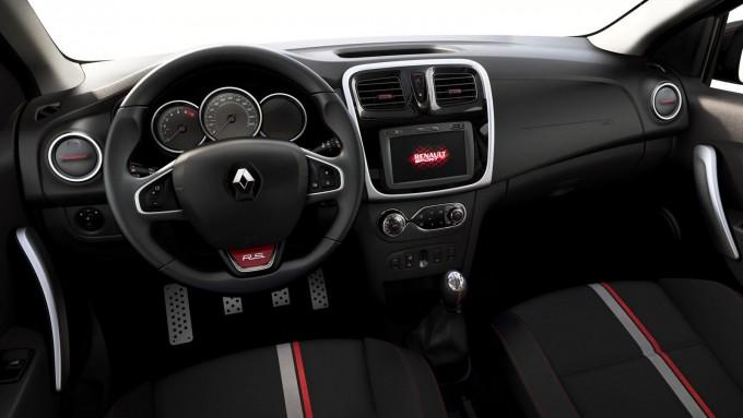 auto magazin Renault Duster Oroch & Sandero R.S. 2.0