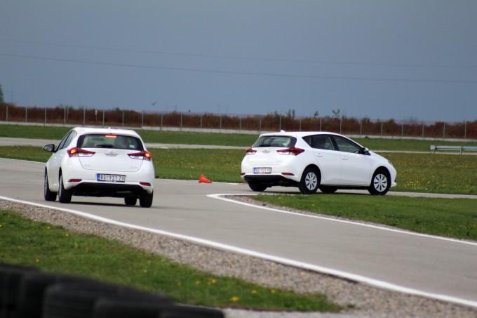 Auto magazin srbija toyota auris i avensis 2015 promocija u srbiji