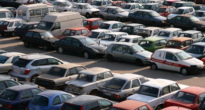 Uklanjanje neregistrovanih i neispravnih vozila