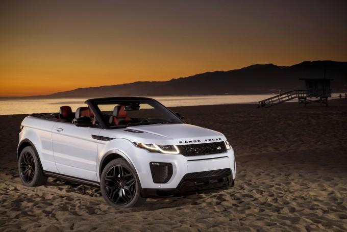 auto magazin srbija Bond girl Naomie Harris Range Rover Evoque Convertible