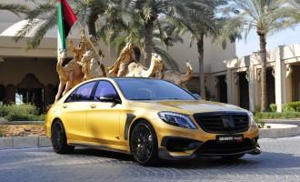 Zlatni Mercedes Brabus S65 AMG od 900 KS prikazan u Dubaiju