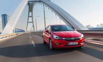 Nova Opel Astra osvojila maksimalnih pet zvezdica na kreš testu