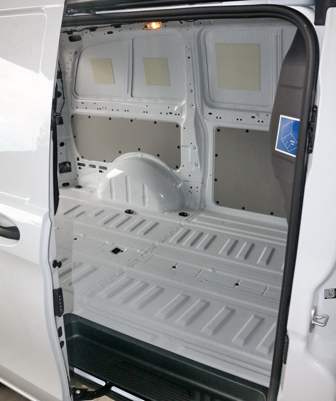 test mercedes benz vito 114 cdi ka l auto magazin. Black Bedroom Furniture Sets. Home Design Ideas