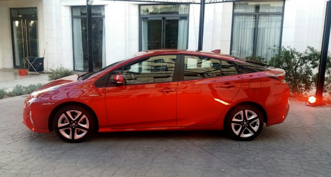 Ekskluzivno: Auto magazin na promociji nove Toyote Prius u Valensiji