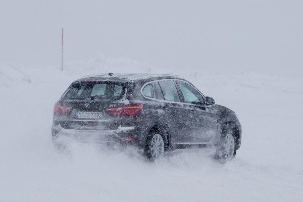 Auto magazin BMW X1