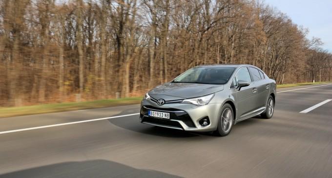 Vozili smo: Toyota Avensis 1,6D Sol