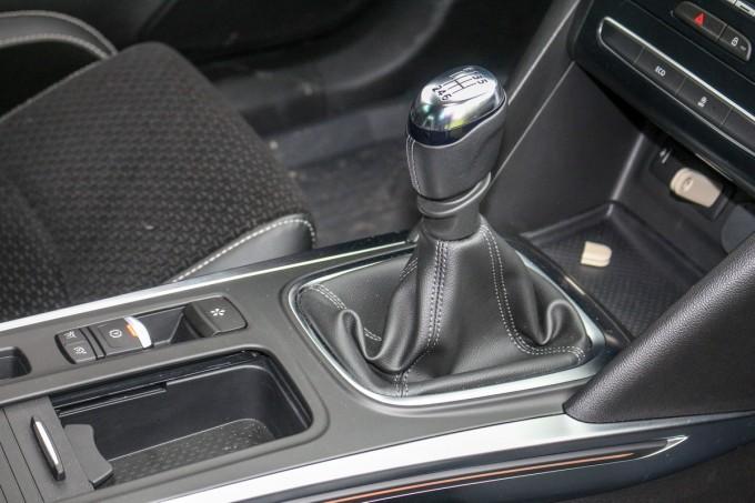 Auto magazin srbija renault megane 4 1.5 dci 110 2016 test review