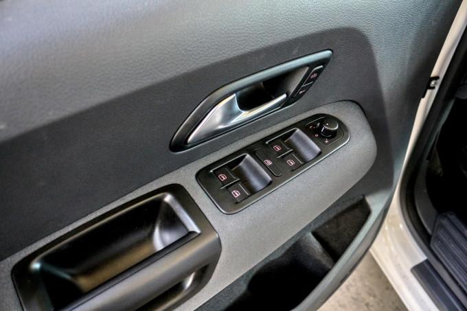 Auto magazin srbija vw amarok 2.0 bi-tdi dsg highline test review 2016