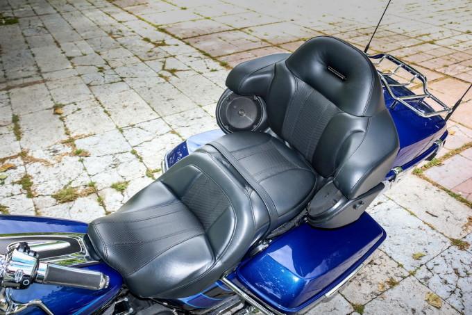 Auto magazin srbija harley davidson CVO road glide ultra test review 2016