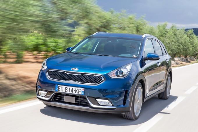 Auto magazin srbija promocija preview 2016 kia niro