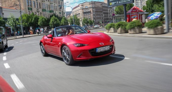 Test: Mazda MX-5 G160 Revolution