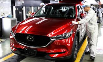 Lepotica: Prva serijska Mazda CX-5 sišla sa trake u Japanu