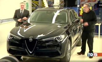 """Alfa Romeo Stelvio prvi put viđen u """"smrtničkoj"""" verziji"""
