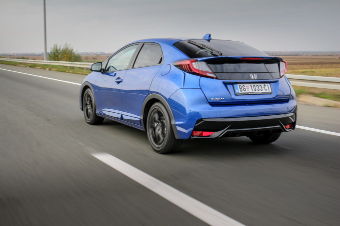 Auto magazin Honda Civic PE 1,8 Sport review test 2016