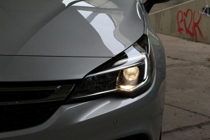 Auto magazin Opel Astra ST CDTI 023
