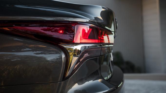 auto magazin srbija 2018 lexus ls