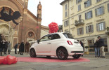 Fiat 500 slavi Dan zaljubljenih u centru Milana
