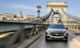 EKSKLUZIVNO: vozimo novi Mercedes GLA 45 AMG u Budimpešti