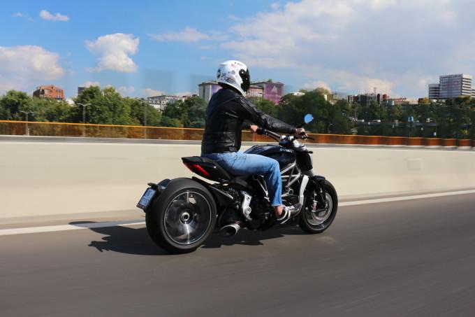 Auto Magazin Ducati xDiavel S Termignoni_11 (1)