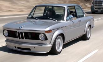 Ovako se restaurira BMW 2002