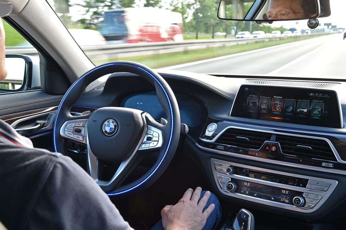 auto magazin srbija bmw fca intel autonomna vožnja