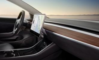 Tesla Model 3 će koristiti telefon umesto ključa