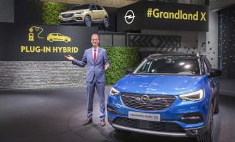 Grandland X je prvi Opel Plug-In Hybrid