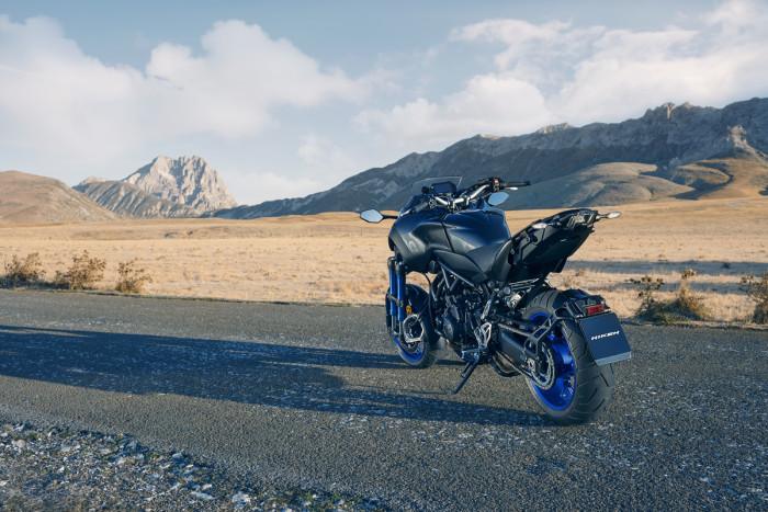 Yamaha Niken (5)