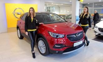 Održane prve vožnje Opela Crossland X i Grandland X