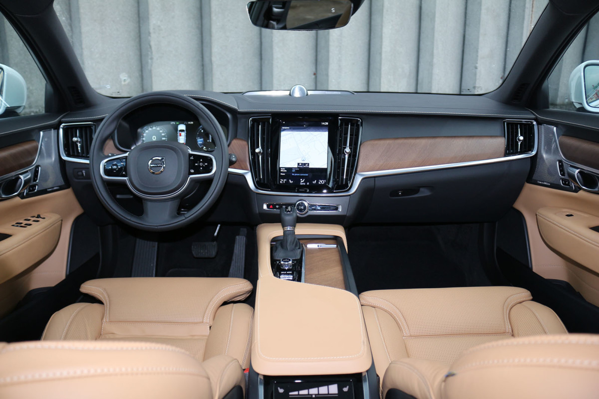 Auto magazin Srbija Test Volvo V90 D5 A AWD Inscription