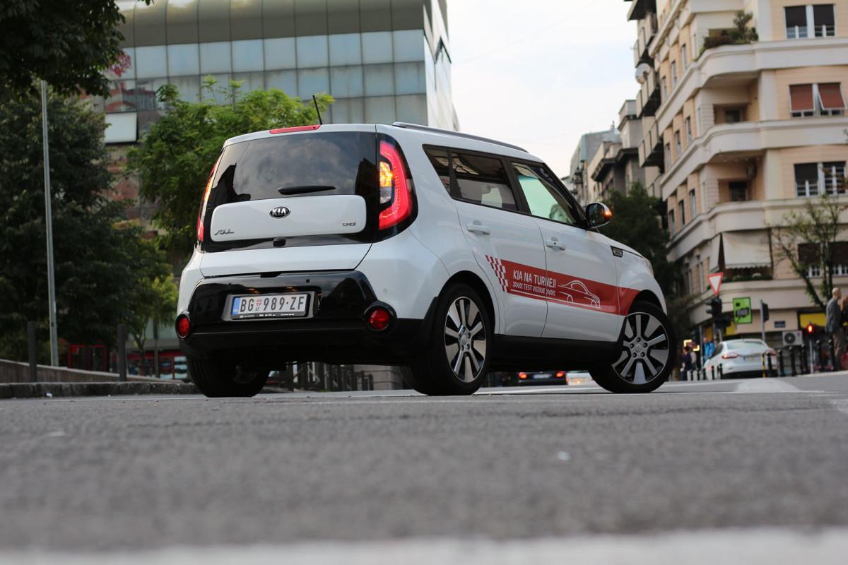 auto magazin srbija test kia soul 1,6 CRDi