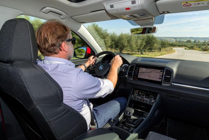 auto magazin srbija test škoda karoq sicilia