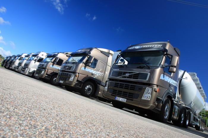 Volvo-Trucks-01