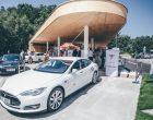 Tesla super-punjači stižu i u Srbiju