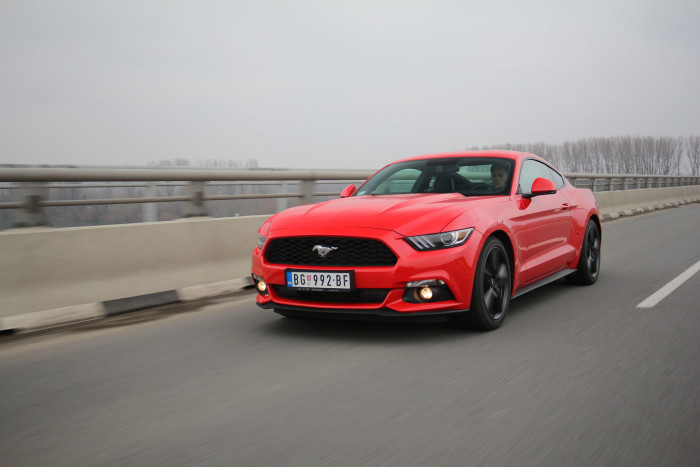 Auto magazin Srbija Ford Mustang Fastback 2.3 GTDi EcoBoost