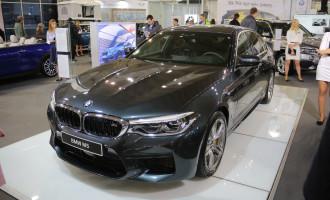BMW M5 zvezda BMW štanda